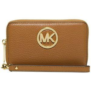 MICHAEL KORS MK Logo Phone Wristlet Leather Wallet